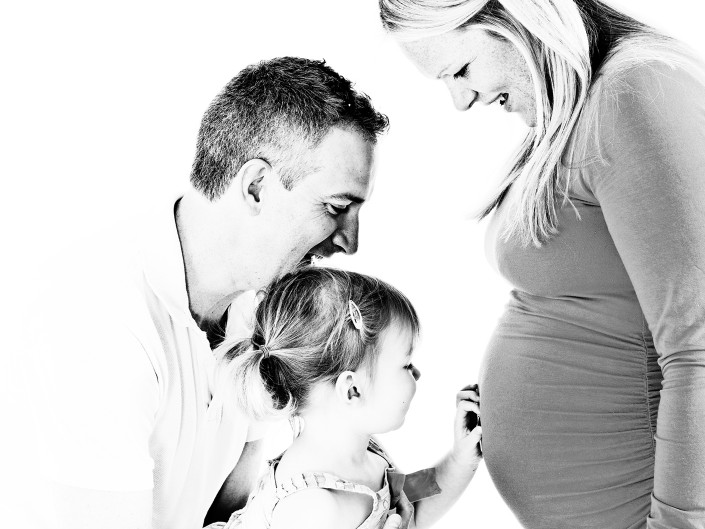 family-and-baby-portrait-photographer-in-macclesfield-and-cheshire